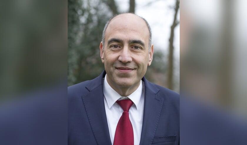 Milieu-gedeputeerde Adnan Tekin is opgestapt.