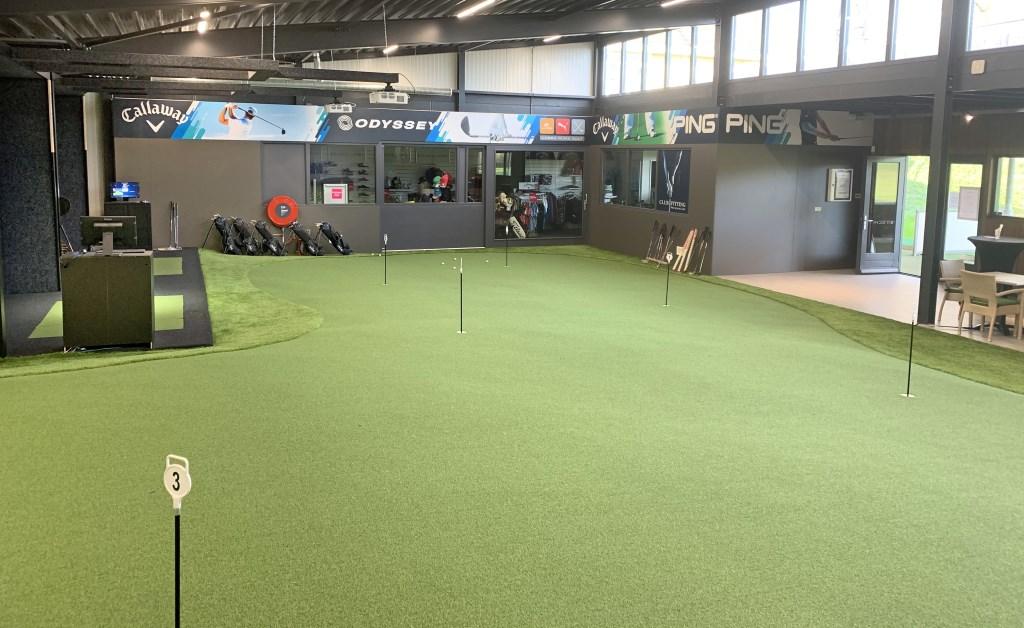 Veel ruimte op de enorme putting green.  © rodi