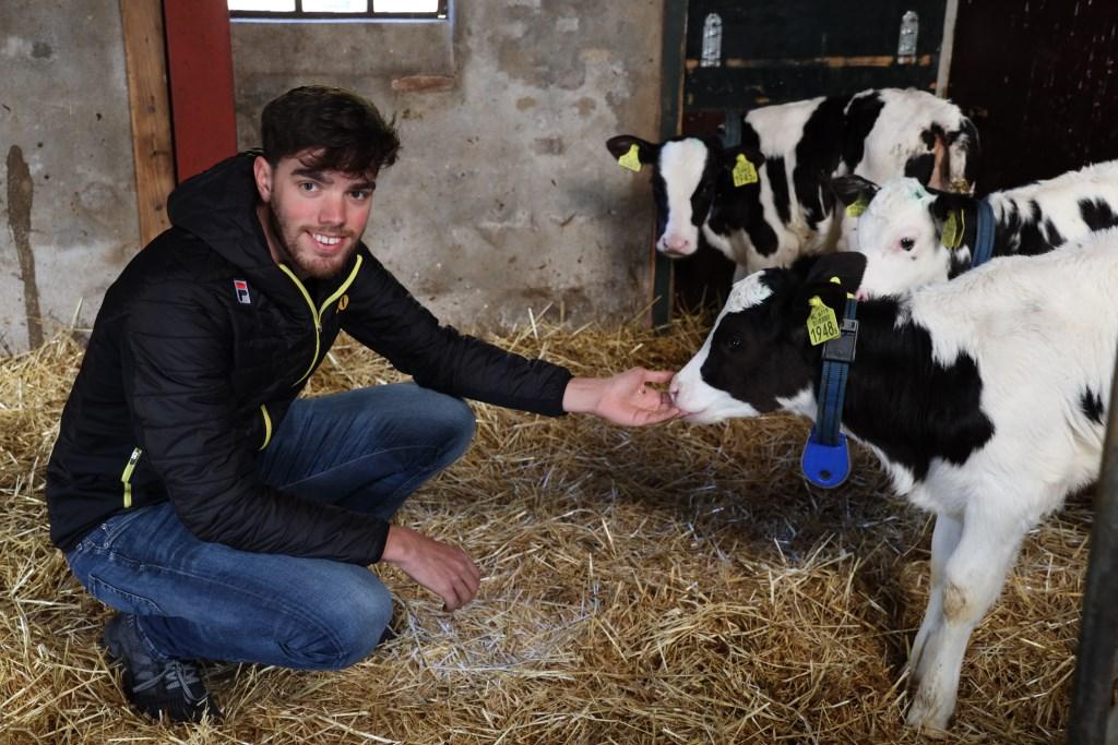 Patrick Roest, thuis op de boerderij. ,,Mijn vader is naar het Malieveld in Den Haag geweest. Ik heb met bewondering naar de filmpjes van al die boeren gekeken.'' (Foto's TimsImaging)  © rodi