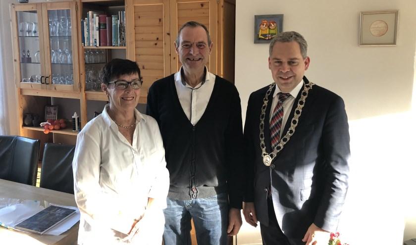 De burgemeester kwam op bezoek.