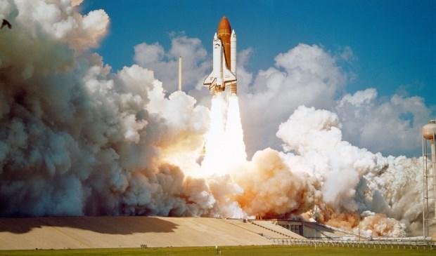 Lancering van een ruimtevaartuig.