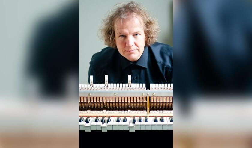 Jeroen van Veen komt naar Theaterkerk Hemels met 'The best of Einaudi'.