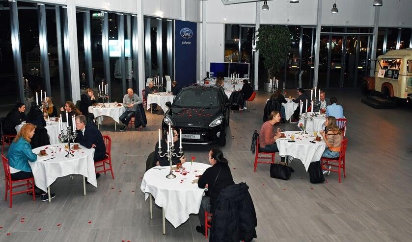 Romantisch dineren tijdens de First-Date met de nieuwste Ford in Zaandam.