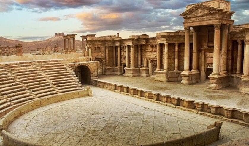 Palmyra werd de stad van duizend zuilen genoemd.