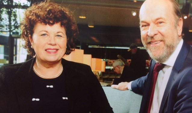 Burgemeesters Kompier (l) en Blase hopen dat zo veel mogelijk mensen willen meepraten over de fusie.
