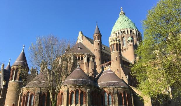 <p>De nieuwe testlocatie, waar je zonder afspraak terechtkunt, vind je bij de Kathedrale Basiliek St. Bavo.</p>