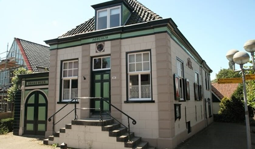 Het Regthuis in Oudkarspel.