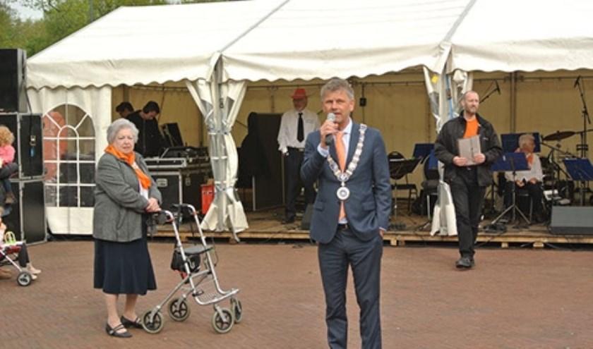 Burgemeester Smit van Beverwijk zal net als in 2018 de festiviteiten op Koningsdag openen.