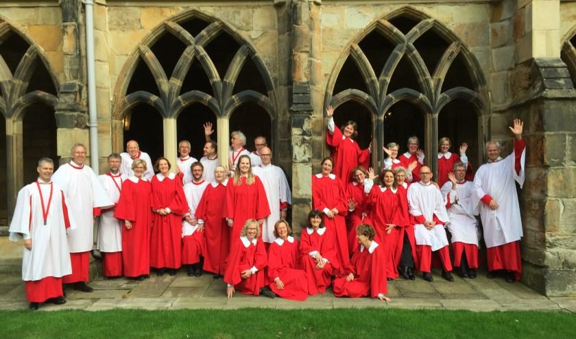 De Martinus Cantorij bestaat uit 25 ervaren liefhebbers van Engelse kathedraalmuziek