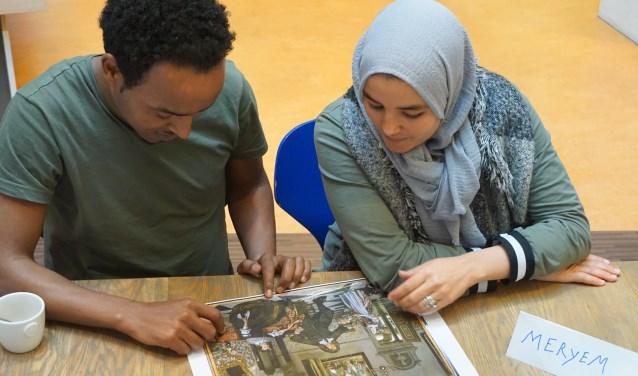 KunstPraat is er voor volwassenen die moeite hebben met de Nederlandse taal.