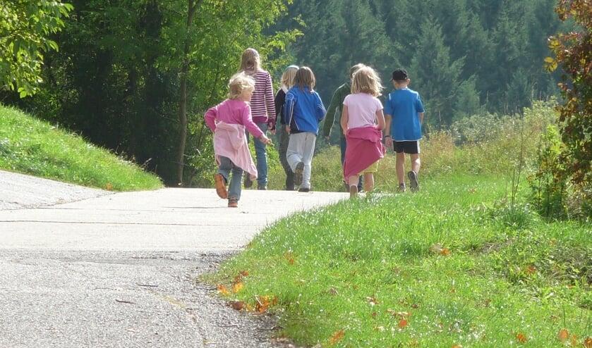 Heel veel kinderen gaan dinsdag 18 juni van start tijdens de 40ste STEVO-wandelvierdaagse.