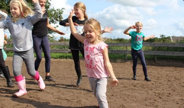 De kinderen gaan rennen om een nieuw dak te bekostigen.