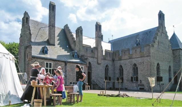 Bij kasteel Radboud in Medemblik vinden tijdens Pinksteren allerlei activiteiten plaats.
