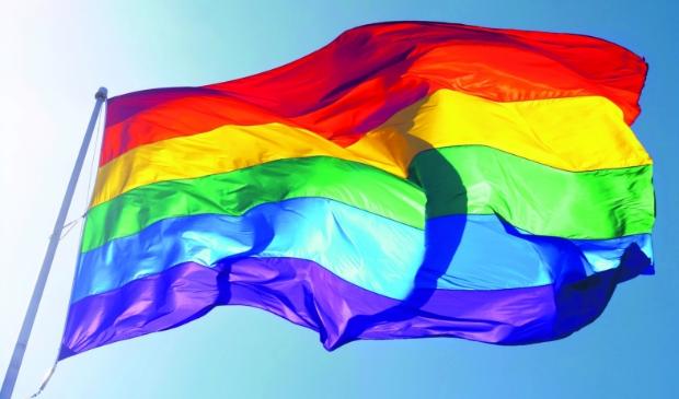 Iedereen is gelijk in de samenleving, ongeacht geaardheid, geloof of kleur.