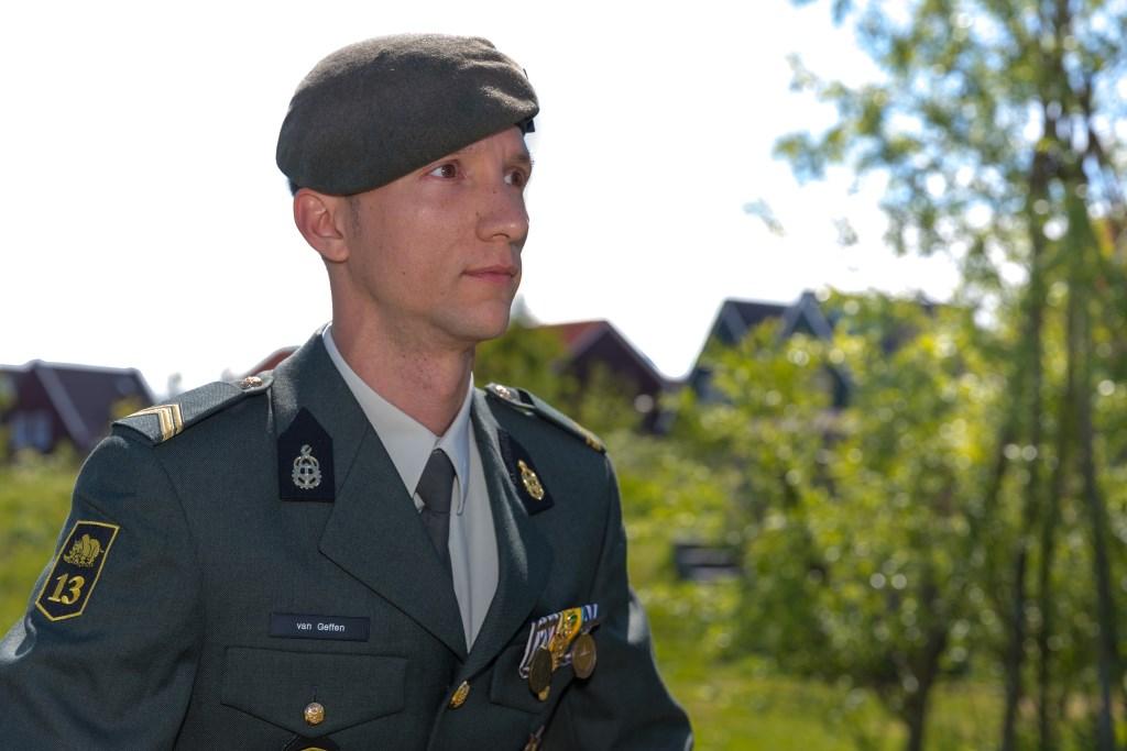 Sergeant eerste klas Kenneth van Geffen. (Foto: Vincent de Vries) © rodi