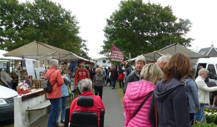 Zomermarkt in Egmond aan Zee.