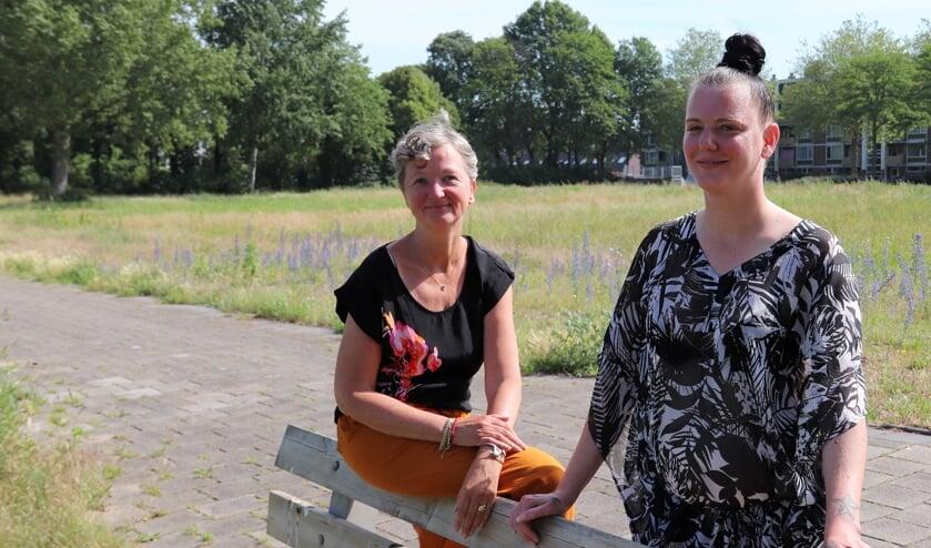 Kerngroeplid Bianca Wuite (links) en Priscilla Bijster