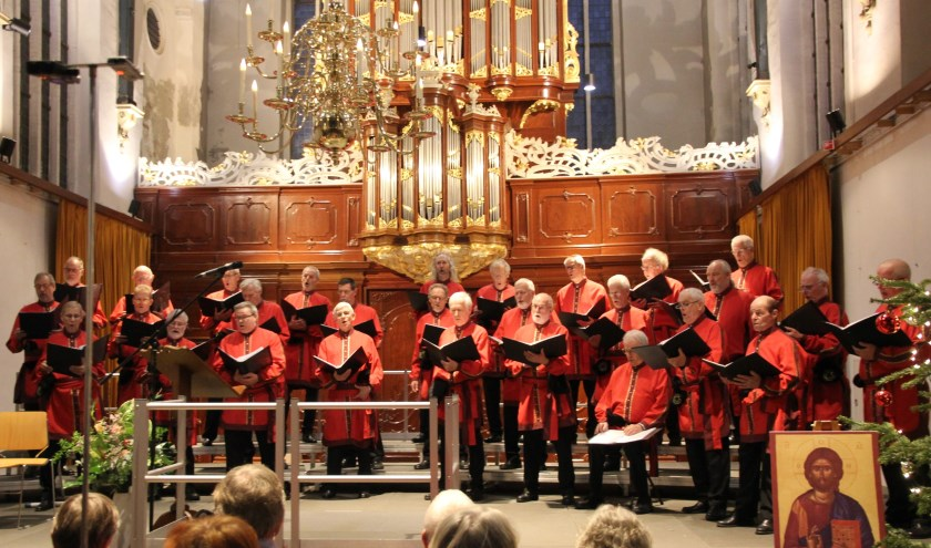 Het Hoorns Byzantijns Mannenkoor sluit het seizoen traditioneel af met een groots Zomeravondconcert.