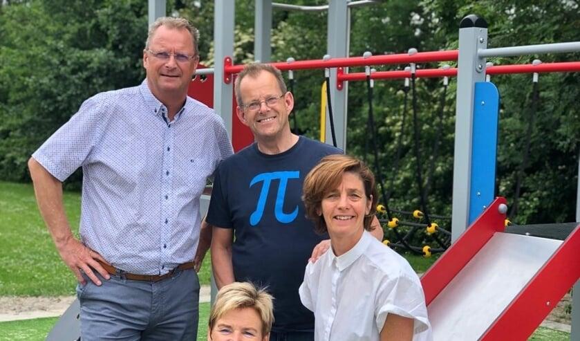 Van links naar rechts Piet Karsten, Anja Buysman, Jan Steltenpool en Angeline van der Zwaan