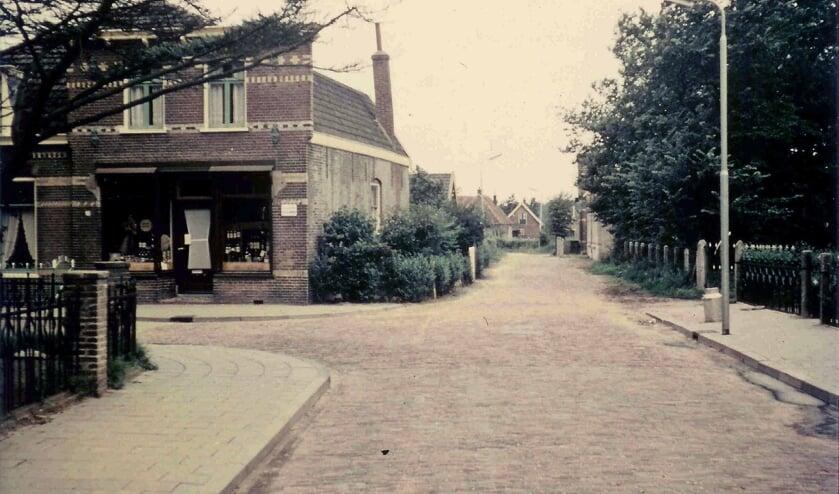Ook over dit pand op de hoek Verherentstraat-Kerklaan is veel te vertellen.