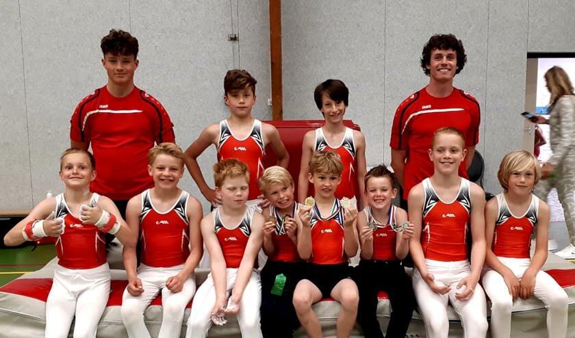 Als slot van hun competitiecyclus turnden de jongens hun individuele Rayoncompetitiefinale in Schagen.