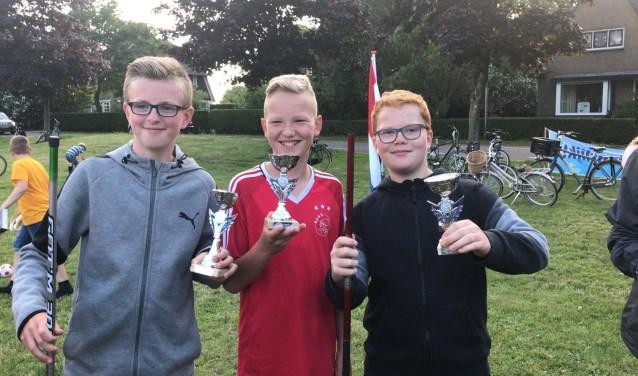Aan de eerste jeugdwedstrijd van HSVW deden 36 kinderen mee. De grootste vis werd gevangen door Koen Basjes 24cm. De uitslag: vlnr. 1e Nick Hofland, 2e Lucas Hovius. 3e Thomas Kranendonk.