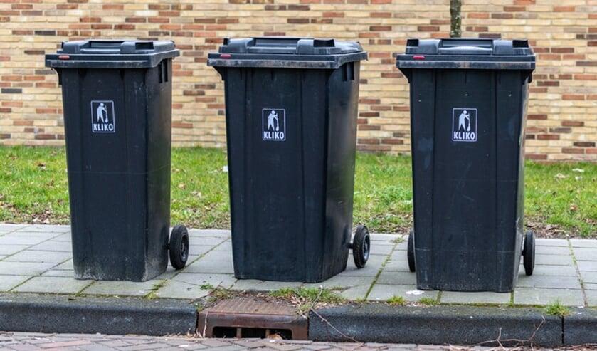 Het zou eindigen per 1 juli, maar de schoonmaakservice voor afvalcontainers blijft voorlopig.