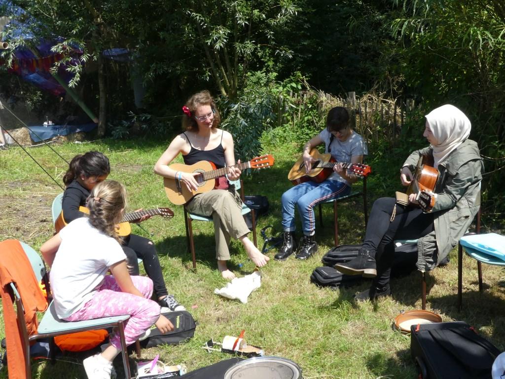 Muziek maken was onderdeel van de week. (Foto: Cees Bandt) © rodi