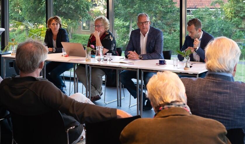 Bart Tishauser vertelde dat het bestuur slechts zijdelings betrokken is bij de markt.