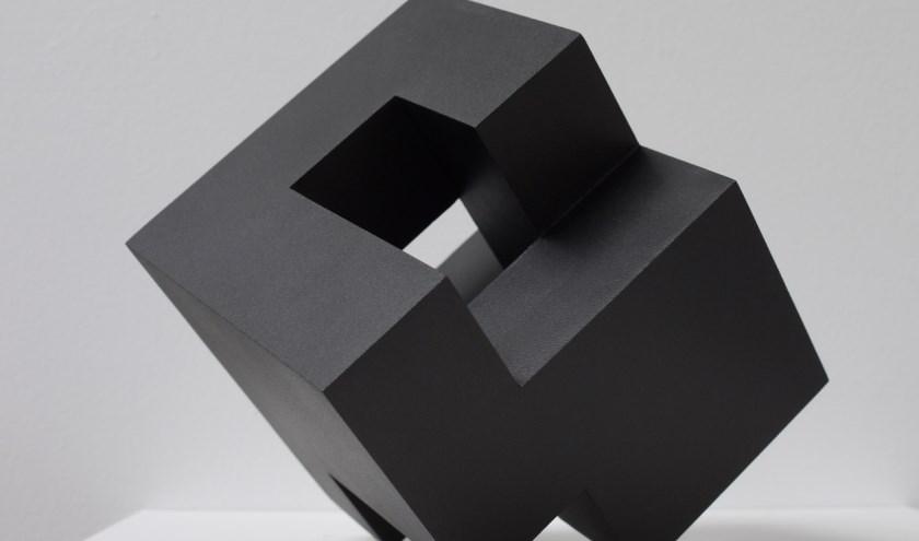 Cube Architecturel van mdf en acryl, gemaakt door kunstenaar Olivier Julia.
