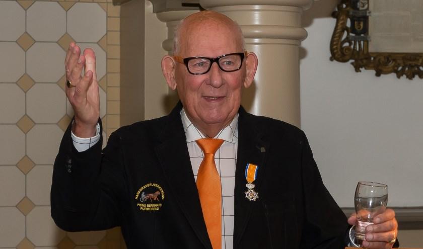 De markante Purmerender net nadat hij vorig jaar Koninklijk werd onderscheiden.