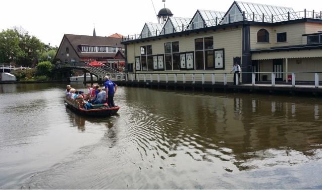 Foto onderschrift: Een gezellige tocht via Rijk der Duizend Eilanden naar wijndomein De Koen