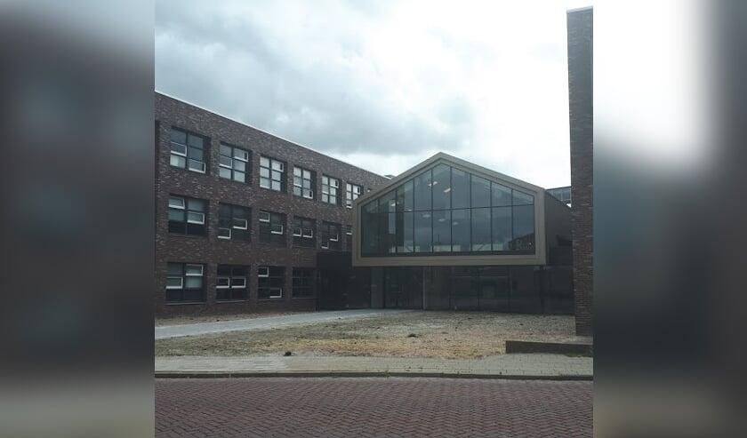 Vanaf maandag 2 september zijn de publieksbalies van gemeente Langedijk gehuisvest in gebouw 'De Binding'.