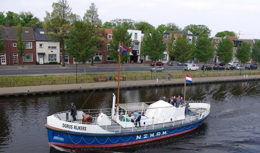 De reddingboten Dorus Rijkers en De Zeemanspot van het Helders Historische Reddingboten Collectief gaan een promotietocht maken van Den Helder naar Zierikzee.