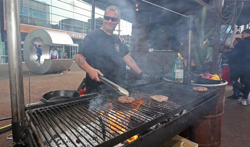 Hamburgers van de barbecue, die zijn toch het lekkerst?