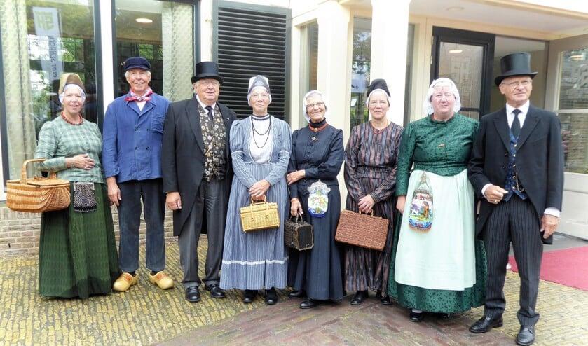 Skroiversgroep Veenhuizen verzorgt in het Westfries dialect een optreden in dorpshuis 't Zwaantje.