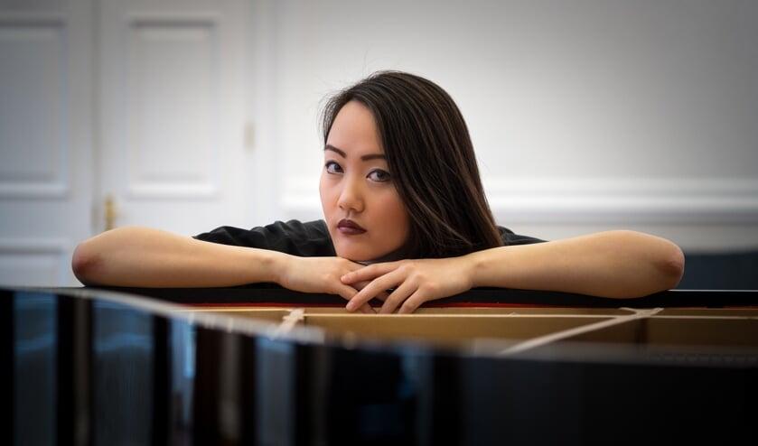 Pianiste Somi Kim uit Nieuw-Zeeland is één van de muzikanten die optreedt.