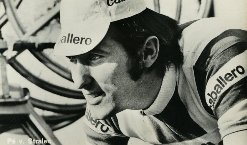 Pé van Stralen; met hem begon het allemaal. De eerste Tour de Waard was een initiatief van zijn fanclub.