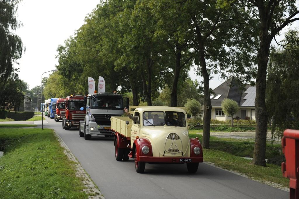 Er zitten soms hele fraaie vrachtwagens bij. (Foto: G.J.M. Strooper) © rodi