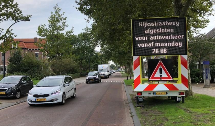 Afgelopen maandag is de Alkmaarseweg-Noord afgesloten voor doorgaand autoverkeer.