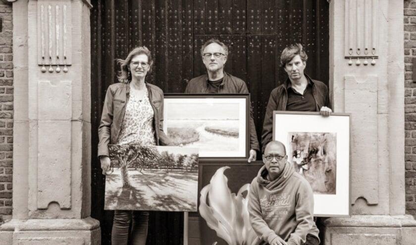 Een groep kunstenaars exposeren 7 en 8 september in de pop-up gallery aan de Grote Oost in Hoorn.