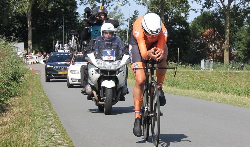 Ellen van Dijk op weg naar goud.
