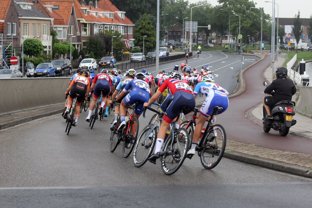 De vrouwen onder 23 jaar in actie in Alkmaar. (Foto: Frits van Eck) © rodi