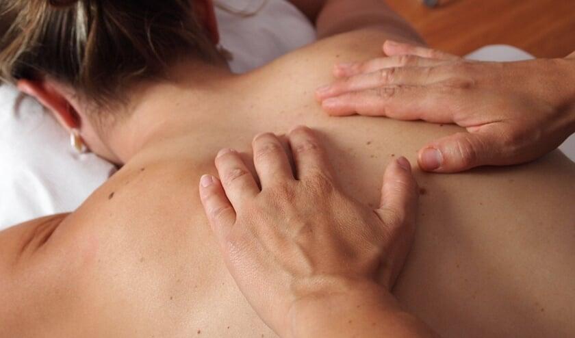In alle zes de Haarlemmermeerse massagesalons worden tijdens massages illegale seksuele handelingen verricht.