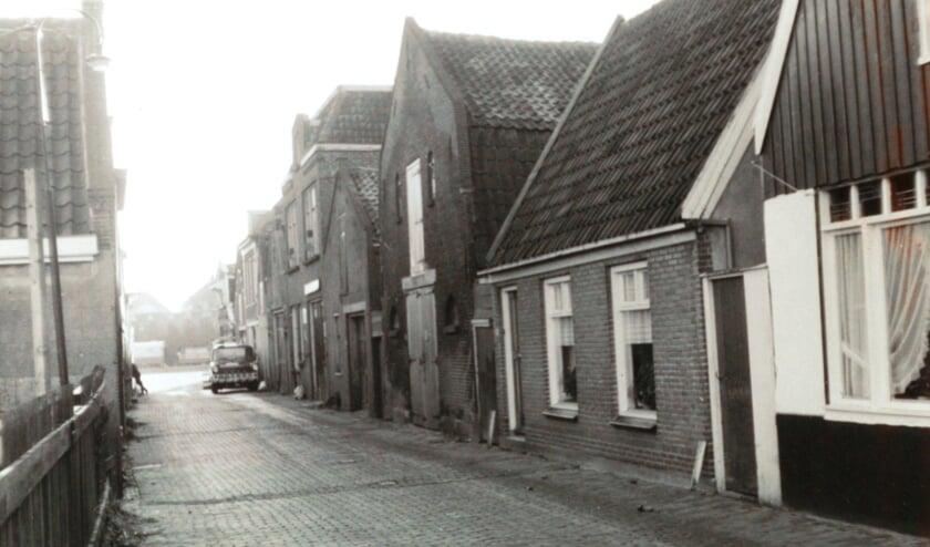 De Achterdijk circa driekwart eeuw geleden.