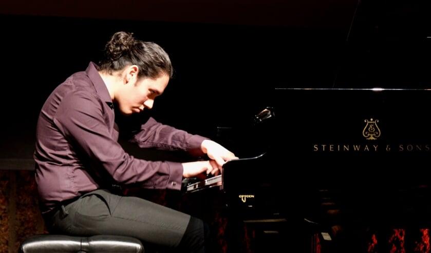 Pianotalent Aarón Ormaza.