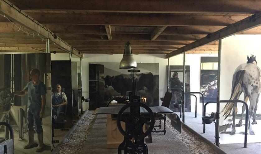 Tijdens het Open Atelier kan het publiek een kijkje in de keuken van de kunstenaar nemen.