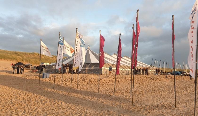 Op het strand van Bergen aan Zee vond een Internationaal Catamaran Race plaats.