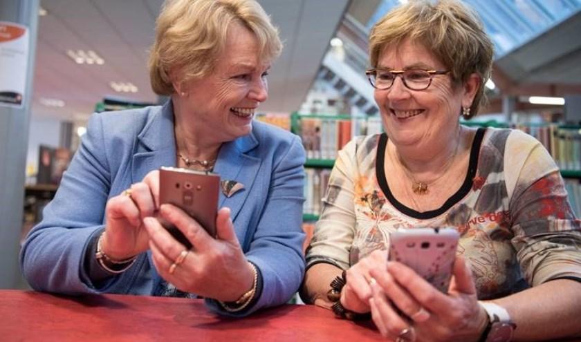 Ook senioren gaan massaal aan de smartphone.
