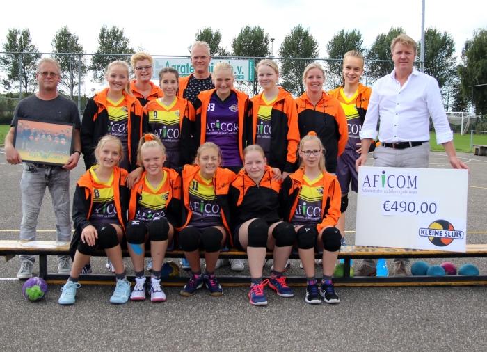 Team C2 Kleine Sluis met beide sponsoren